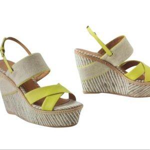 Schuler & Sons Austin Tan Yellow Wedge Sandal Sz 9